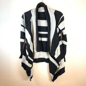 Old Navy Striped Knit Sweater Small